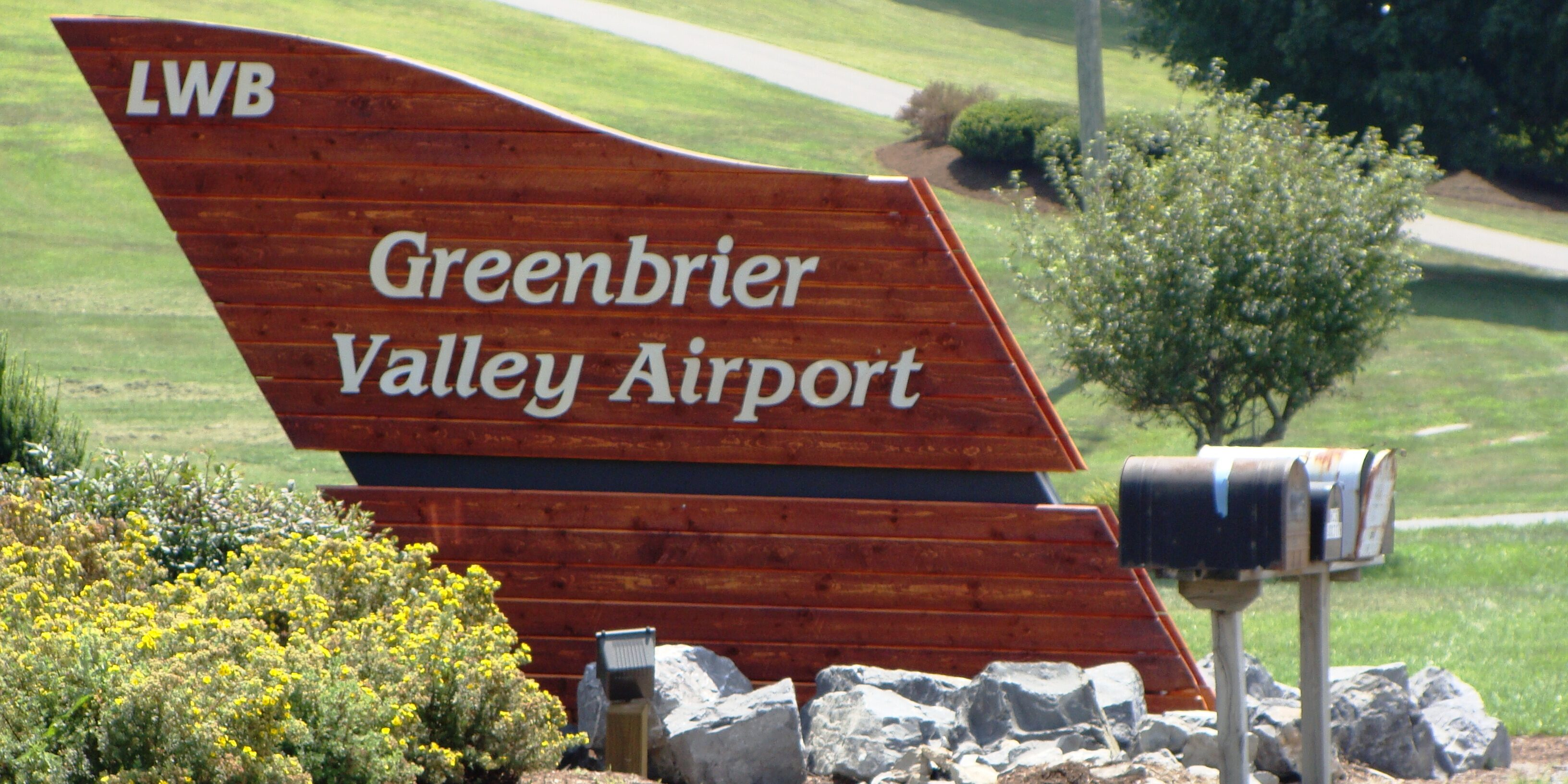 Greenbrier-airport